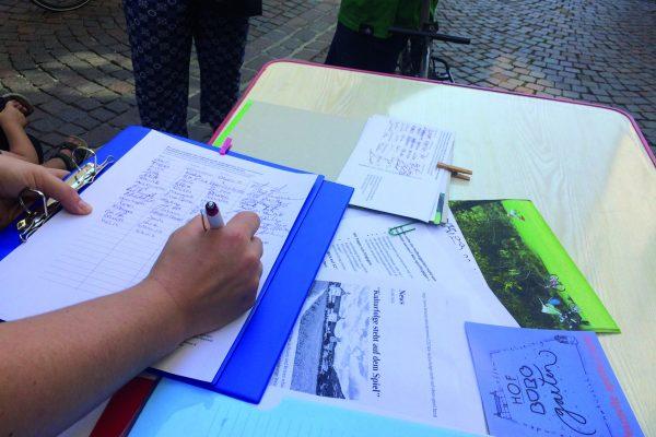 Più di 3000 firme